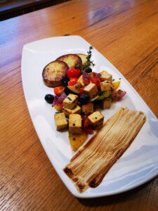 Edelweiss-Pizzeria-Restaurant-Mediterrane-Tofuragout
