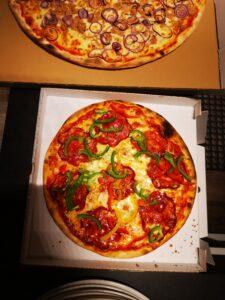 Edelweiss-Pizzeria-Restaurant-Pizza-Diavolo