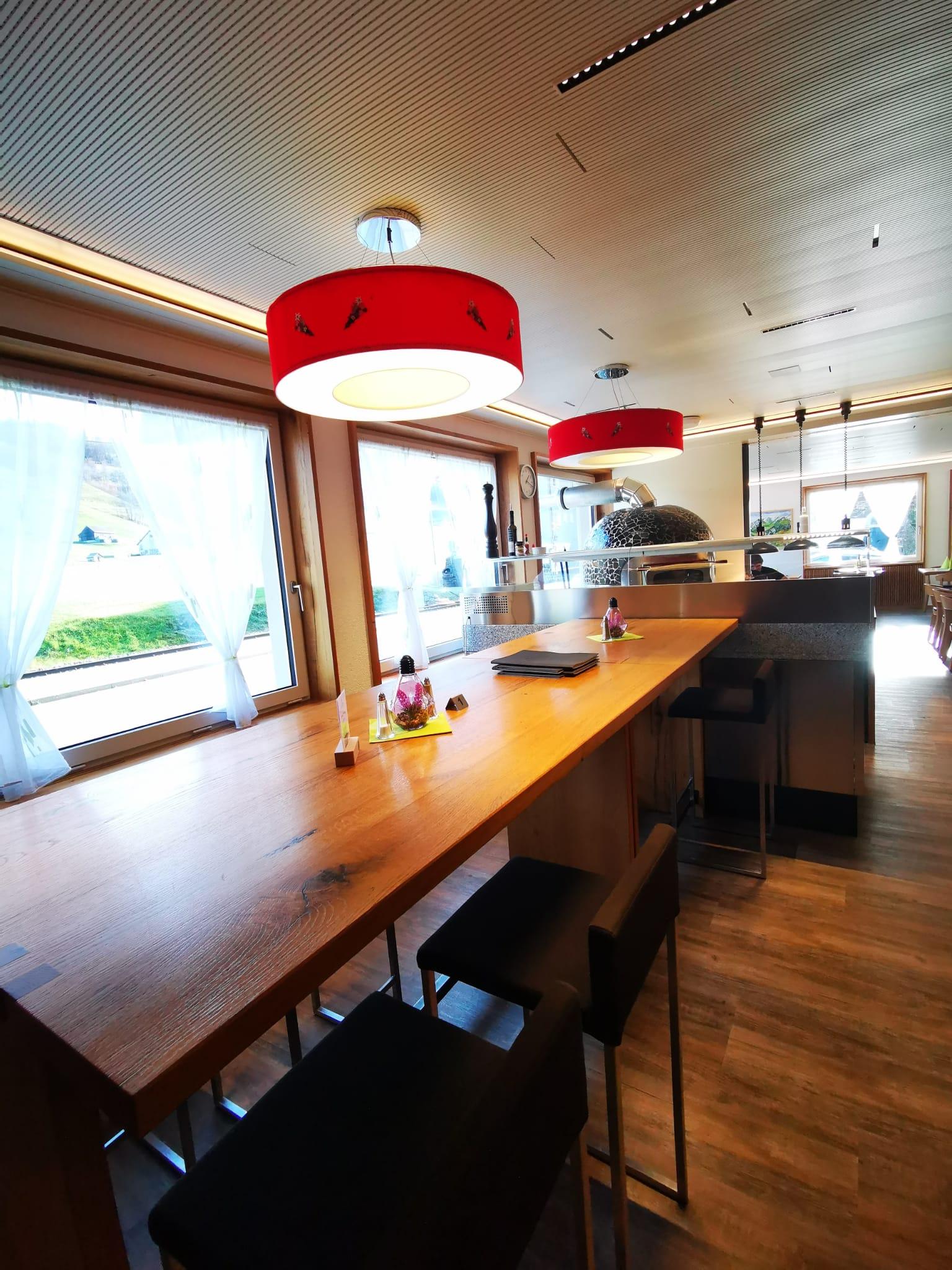 Edelweiss-Pizzeria-und-Restaurant-Schwende-5